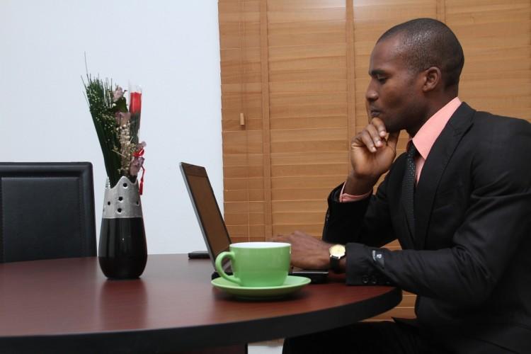 Introduzindo o Centro de Informação de Negócios
